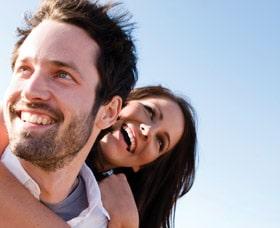 ser feliz en pareja escuchar comprenderse solucionar problemas matrimoniales