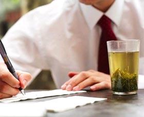 beber te verde propiedades reducir el estres
