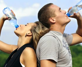 beber mucha agua quemar grasa corporal bajar de peso