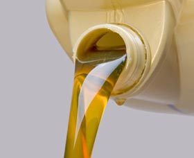 usar aceite sintético para el carro auto aceite regular