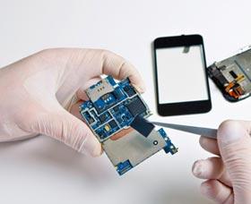 ganar dinero reparando celulares negocio de reparacion de moviles