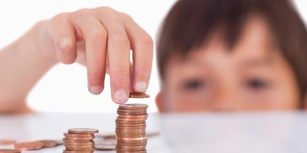 ¿Cómo reclamo el crédito por niños al declarar mis impuestos?