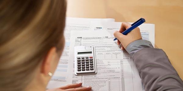 Declarar los taxes sin W-2: Proceso largo (y tedioso)