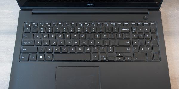 Dell Inspiron 15 5000: Teclado, touchpad y Webcam
