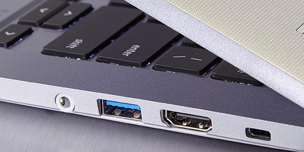 Toshiba Chromebook 2: Puertos y webcam