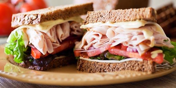 Mejor cena para diabeticos sandwich de pavo y vegetales