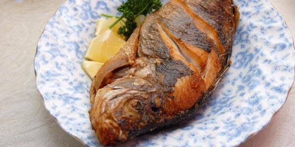Peor almuerzo para diabeticos pescado frito