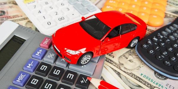 Comprar un carro con un lease calculando los pagos mensuales