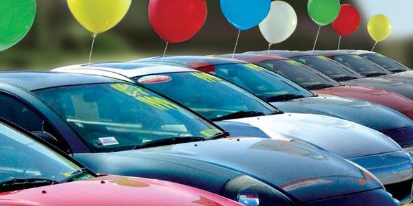 Comprar un carro inteligentemente vehiculos sobrantes