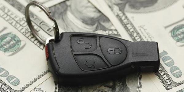 Cómo ahorrar hasta 00 dólares al comprar un auto y ahorrar en intereses