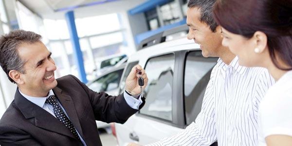 Como conseguir el mejor precio en un dealer de autos debes ser paciente