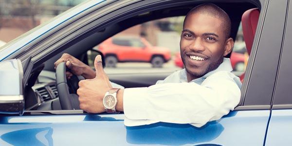Lo que los vendedores no quieren que sepas sobre arrendar un carro