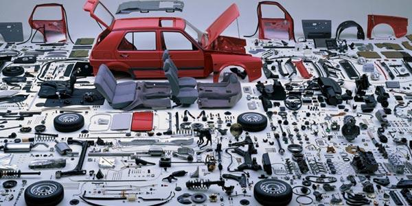 Por que nunca debes comprar un auto nuevo son una mala inversion