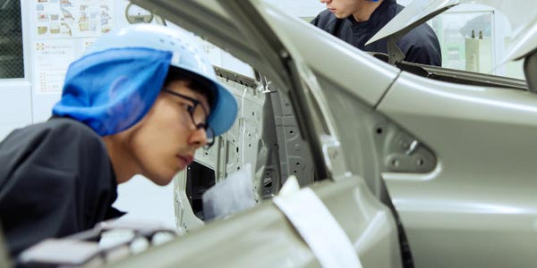 Qué revisar al comprar un auto usado: Defectos de fábrica