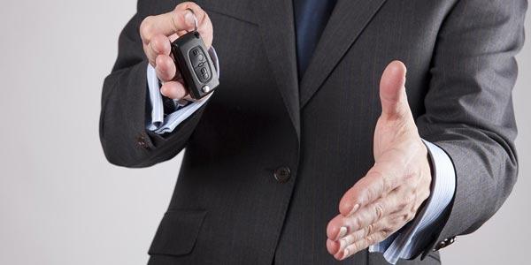 Vender tu carro a un comerciante o intercambiarlo