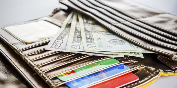 Cómo ganar dinero al usar tus tarjetas de crédito: Paso a paso