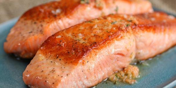 Comidas para aumentar la productividad y creatividad salmon