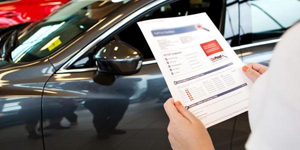 Información en el historial de vehículo reporte de auto