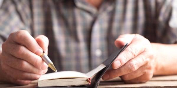 ideas para ganar dinero despues de jubilarse Publicar un libro
