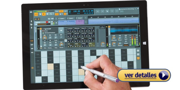 Microsoft Surface Pro 4 laptop Windows para mezclar musica